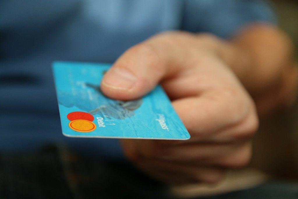 フリーランスのクレジットカード発行